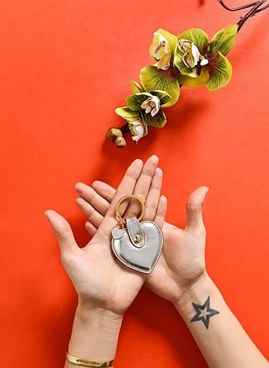 Leather & Paper Deri Kalp Anahtarlık Gümüş